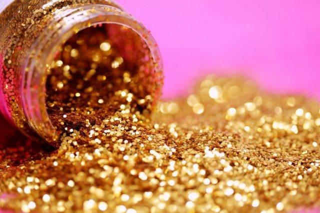 怎样判断河里有沙金?在什么地方能挖到黄金?